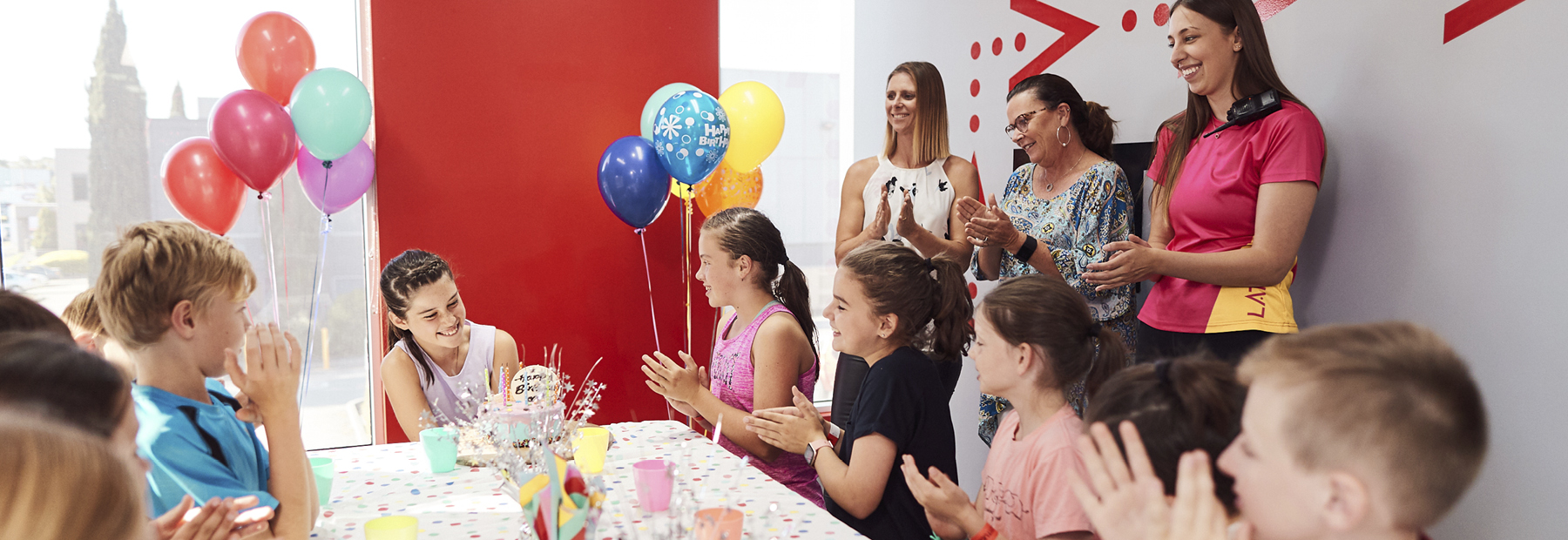 Our guide to choosing your birthday party activity!